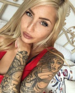 unique tattoos for women on arm and shoulder