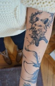 pictures of tattoos for women's upper arm