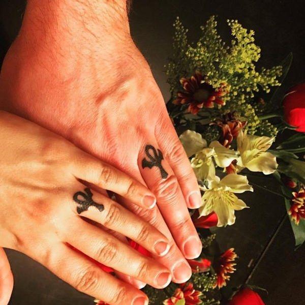 cool wedding ring tattoos couples symbols