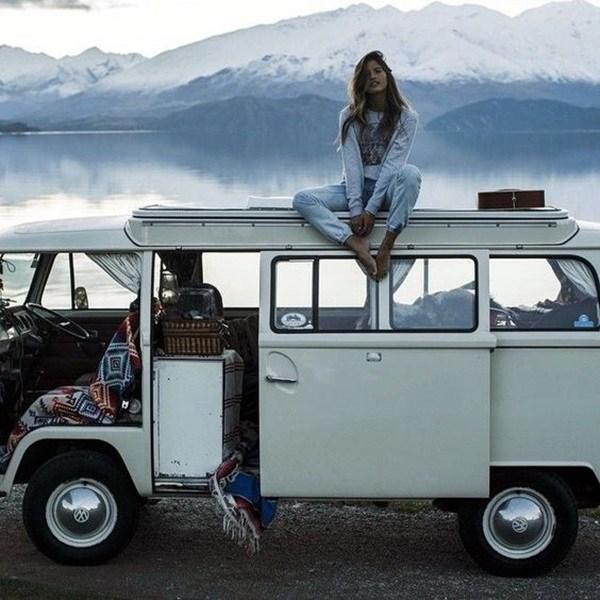 women travel images