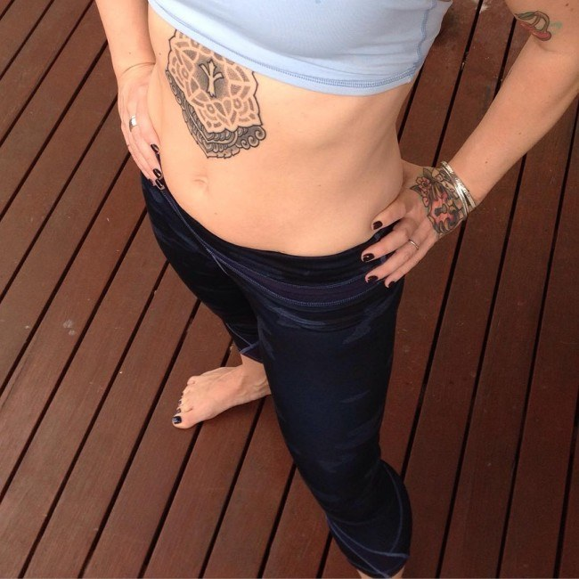 cool tattoo designs for womens abdomen images