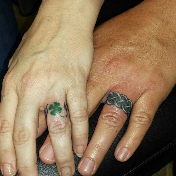 pictures of finger tattoos ideas images