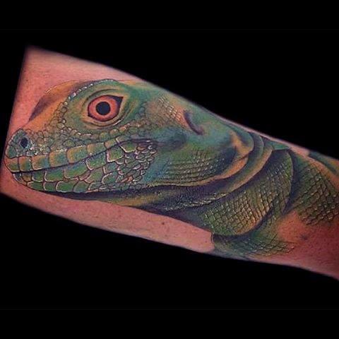 Getting a lizard tattoo design