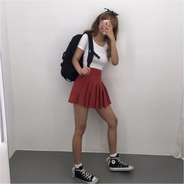 SPORT TRENDY OUTFIT FOR TEENAGE GIRLS AND WOMEN