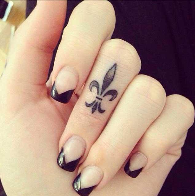 women's unique finger tattoos images design