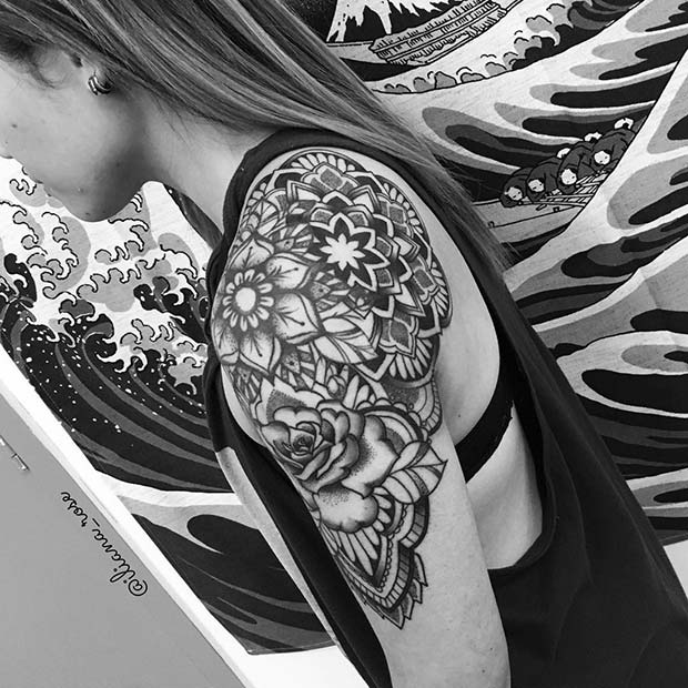 tattoo shoulder for women mandala