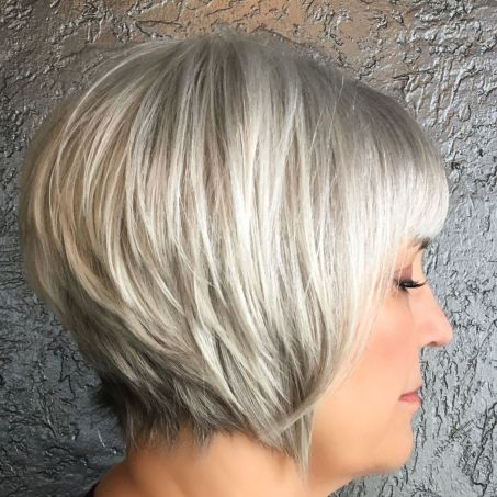 trendy short hairstyles for grey hair women images