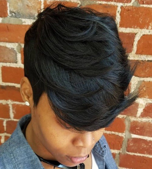 styles for short curly weavon