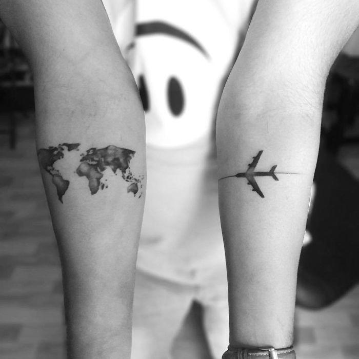 plain and map travel tattoo design