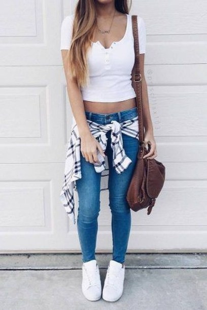 SPORT TRENDY OUTFIT FOR