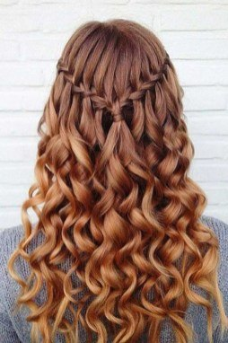 haircuts for long curly hair female