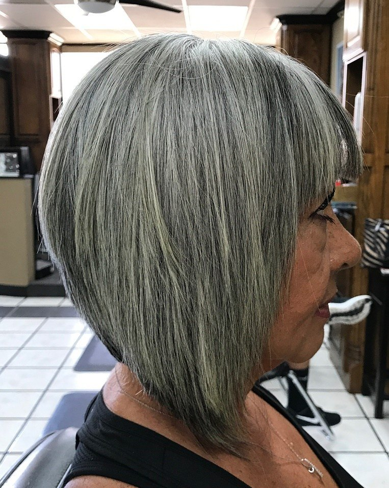 short grey hairstyles for round faces