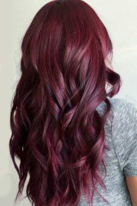long hairstyles for ladies over 30