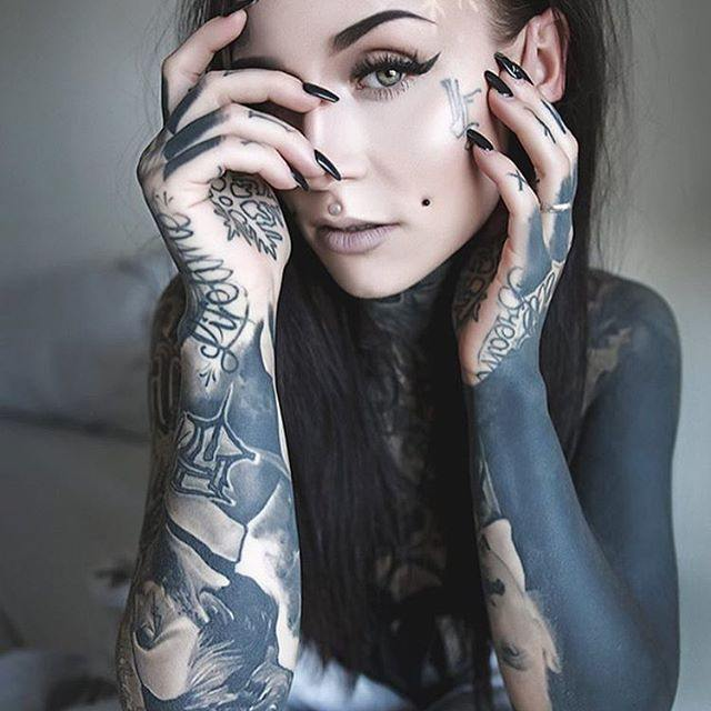 tattoo on face woman