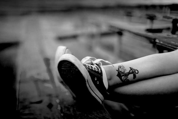 pretty anchor leg tattoos ideas for girls
