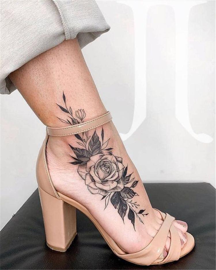 rose flowers around ankle tattoo
