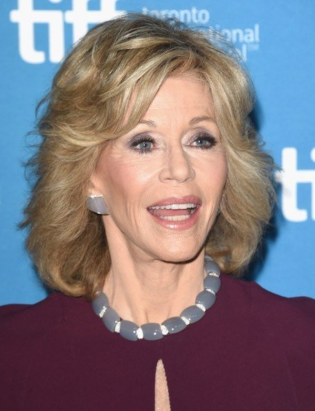 jane fonda hairstyle grace and frankie