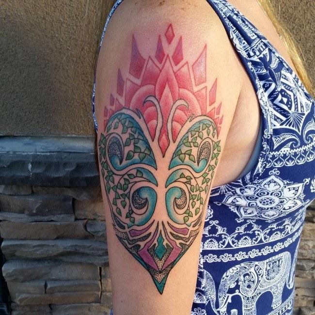 women tree of life shoulder tattoo