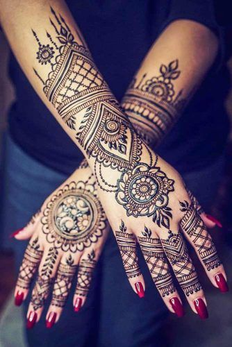 Beautiful Henna Tattoos for Women in 2021 design