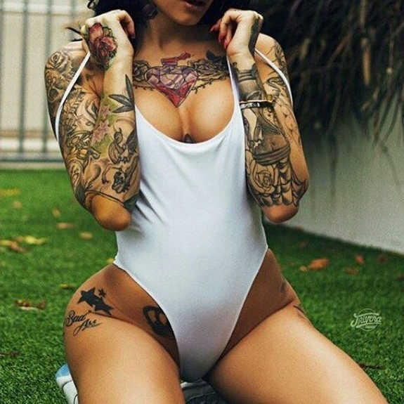 hot girl tattoos designs