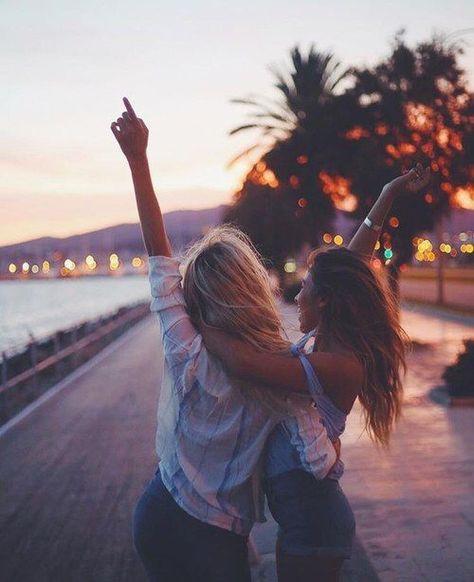 amazing travel photos girls