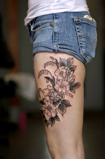 leg attractive  sexy tattoos for women