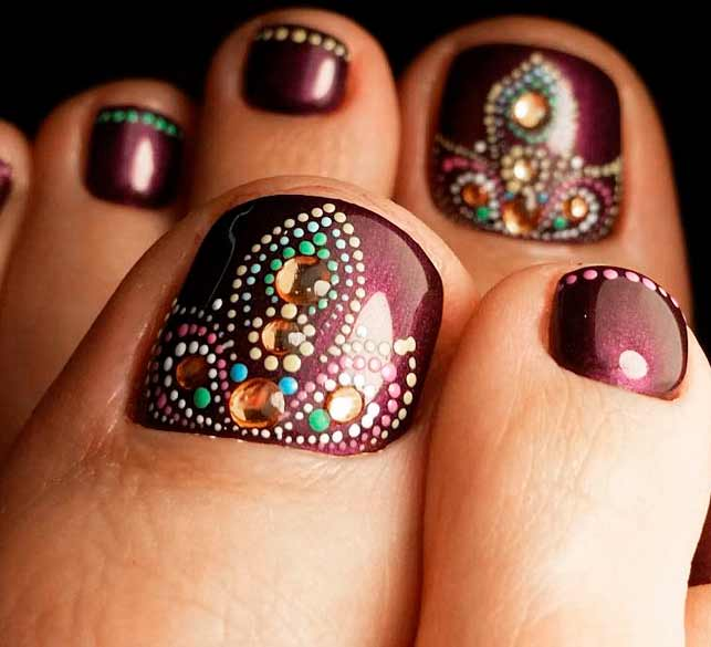 Easy And Cute Toenail Designs for Summer