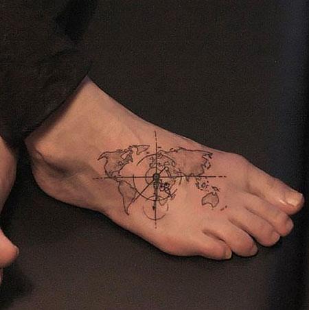 foot small compass tattoo ideas
