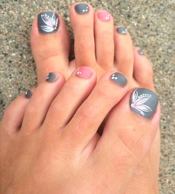 Pretty Pedicure Designs to Inspire Your Next Appointment