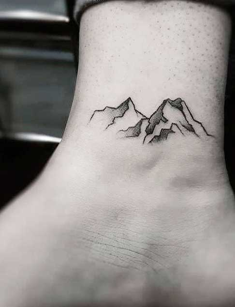 mountain ink images on ladies body