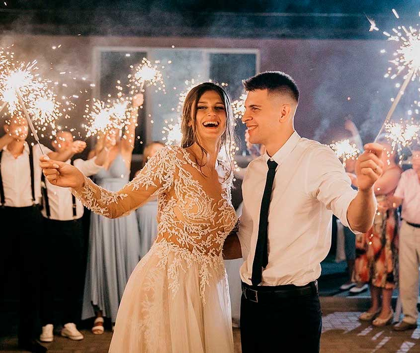 wedding couple photoshoot in ceremony ideas