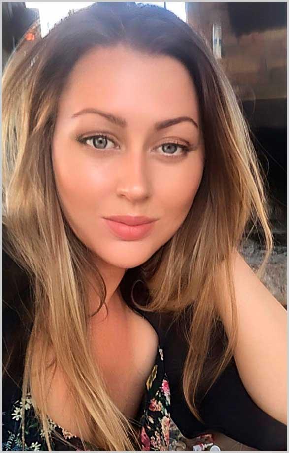 beautiful female face photoshoot photography